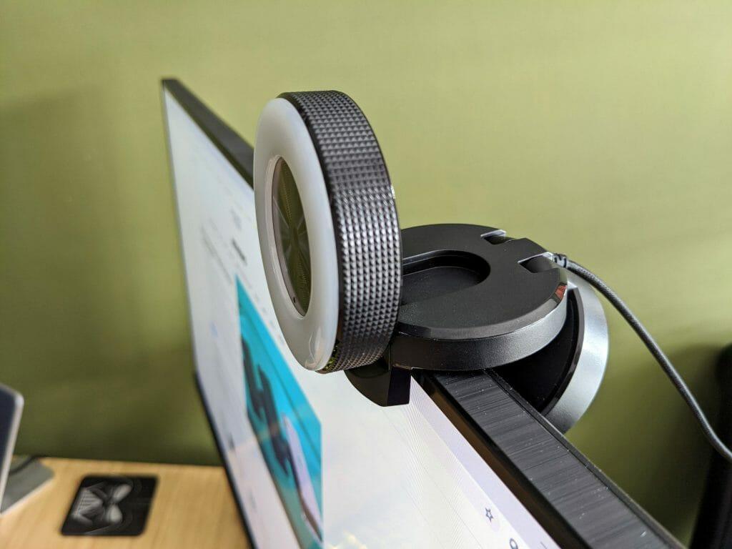Веб-камера с автофокусировкой