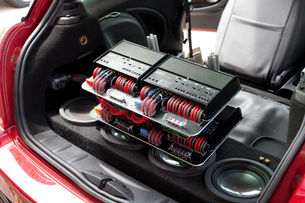 Мощная система усиления звука в авто